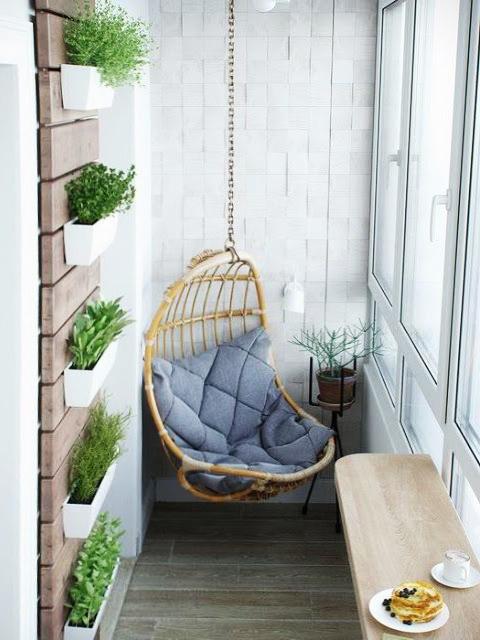 idei pentru amenajarea balconului. Black Bedroom Furniture Sets. Home Design Ideas